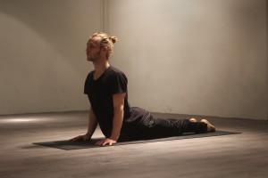 Opw hond 300x200 Yoga Poses   Echte aanraders