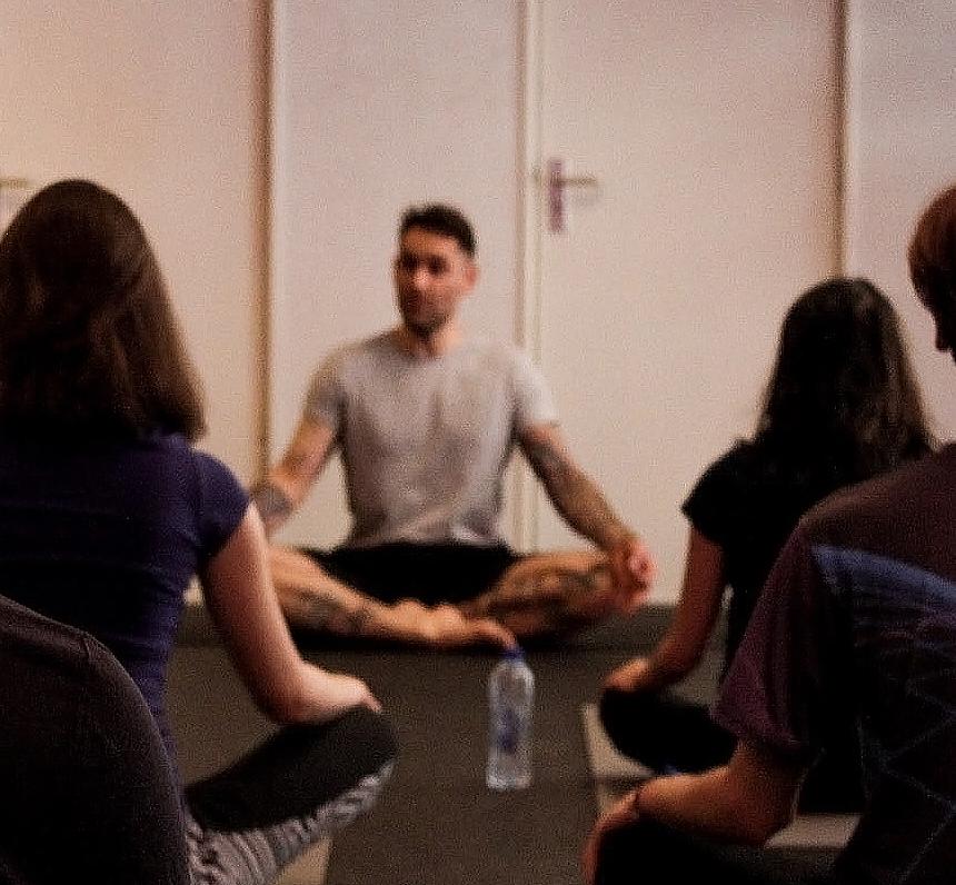 Yoga docent