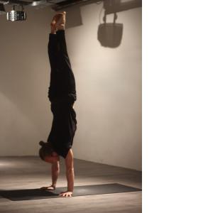 Handstand - WORD
